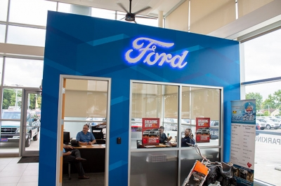 D-Patrick Ford Showroom Office